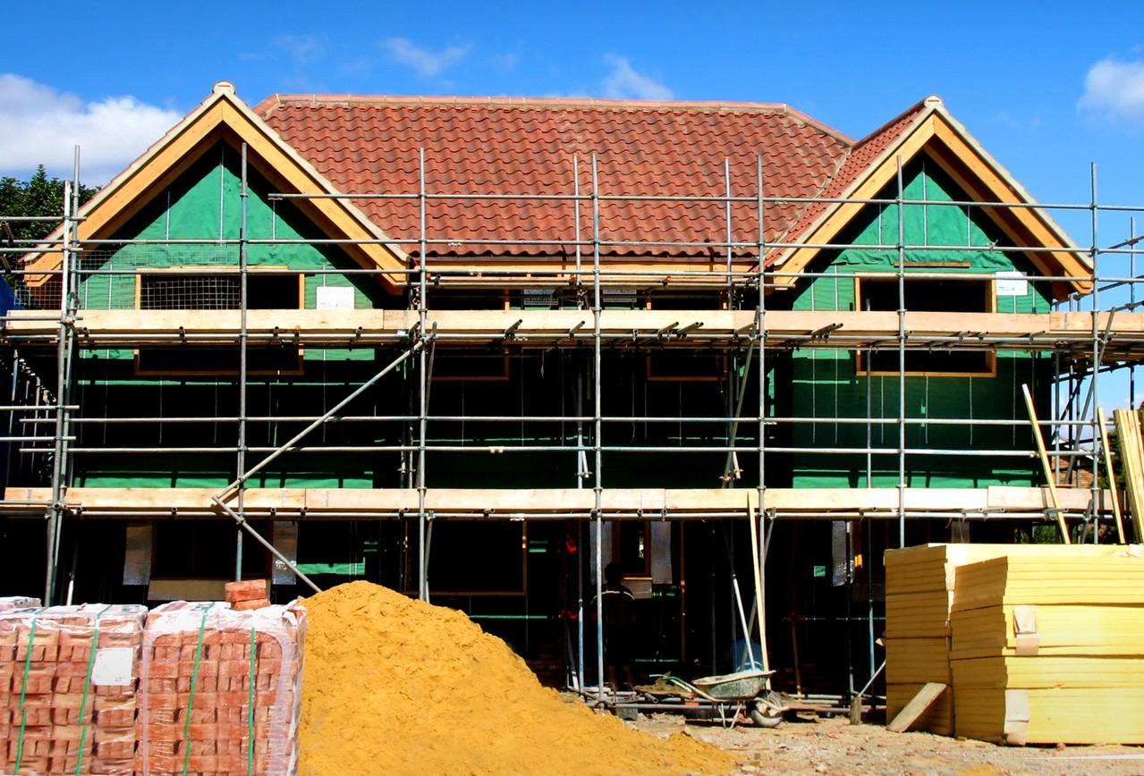 Czy budową naszego domu ma się zająć deweloper?